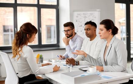 9 bí quyết giúp bạn nổi bật khi phỏng vấn theo nhóm